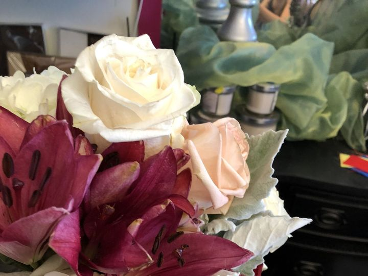 Tmx 1536755126 216c3e2ccb5b2088 1536755123 0abeacfd068dfded 1536755069071 20 77F2CB4D A208 4F9 Ventura, CA wedding florist