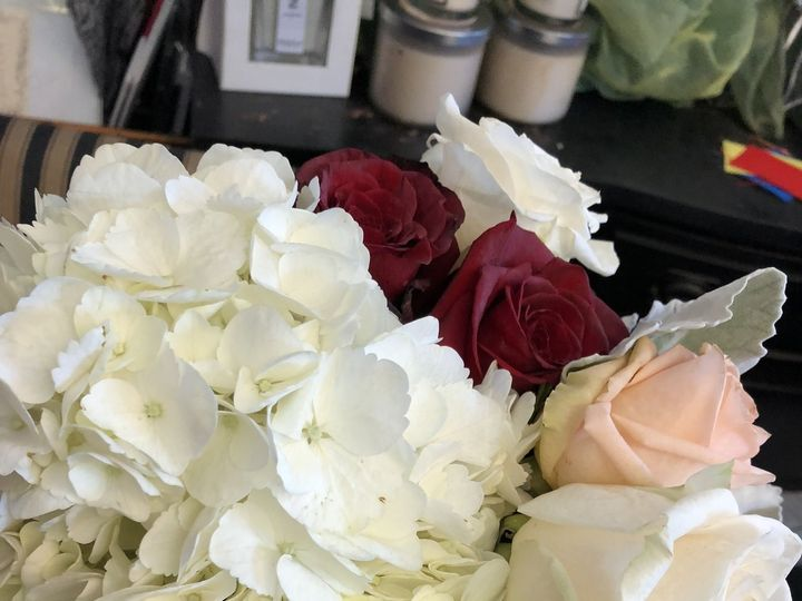 Tmx 1536755147 27f14d1ddf3d6775 1536755143 B918e65e7277e908 1536755069072 21 FB6127BE 066C 424 Ventura, CA wedding florist