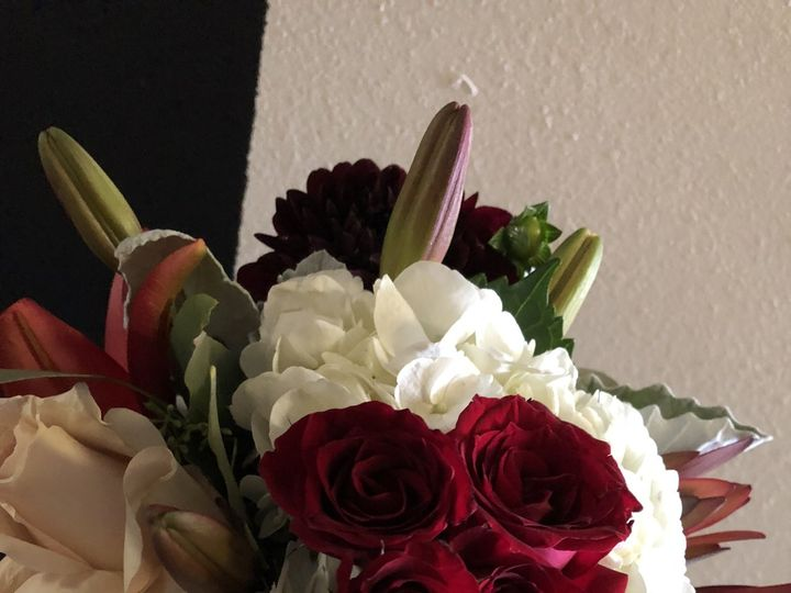 Tmx 1536755149 01b56b0083779c31 1536755144 A29c559b98ca5649 1536755069072 24 6D360BCF 87BE 451 Ventura, CA wedding florist