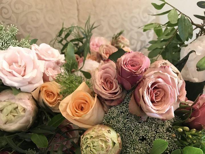 Tmx 1536755498 14032b4ea3f5fd59 1536755494 94d4bbd49c78bd54 1536755475115 55 0AA16A2F 5345 42F Ventura, CA wedding florist