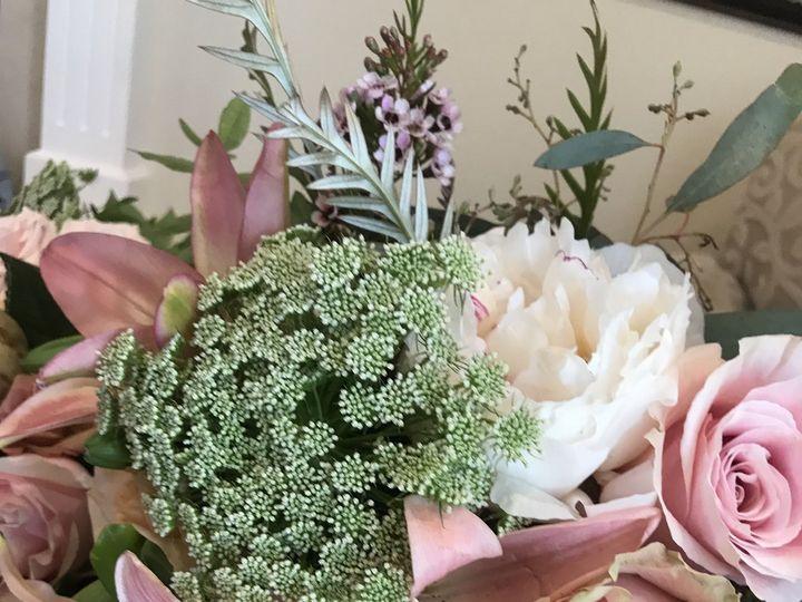 Tmx 1536755498 B076a4a1b73ebfc4 1536755495 F79830790a68821a 1536755475116 58 B1A3588E FFBD 47F Ventura, CA wedding florist