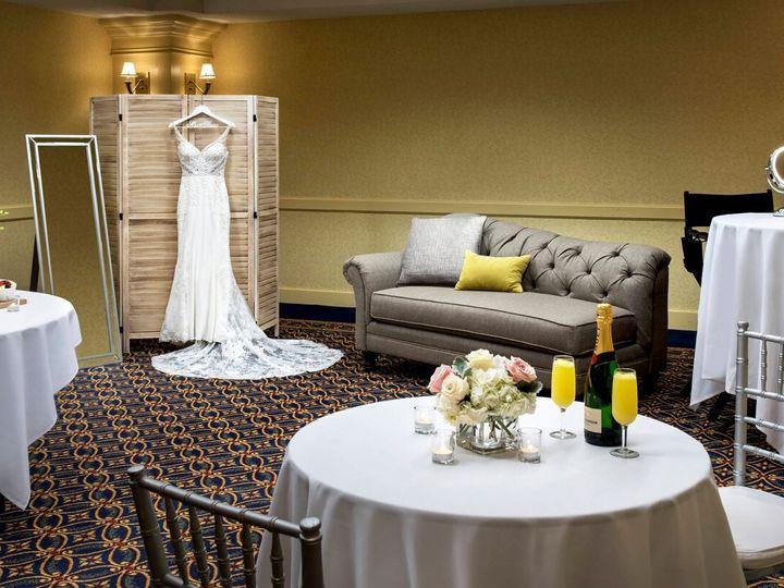 Tmx Bridal Dressing Room 51 177651 157894347284996 Peabody, MA wedding venue