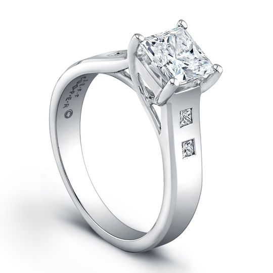 Jeff Cooper Trellis Engagement Ring w/ Princess Cut Side StonesThis setting by Jeff...