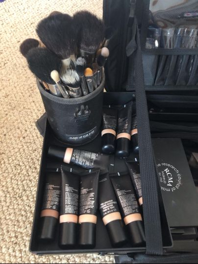 Brushes and foundations
