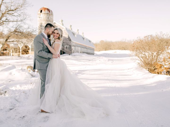 Tmx Couple 2020 01 07bigrockcreekstyledshoot 201 51 1031751 158018047741446 Saint Croix Falls, WI wedding venue