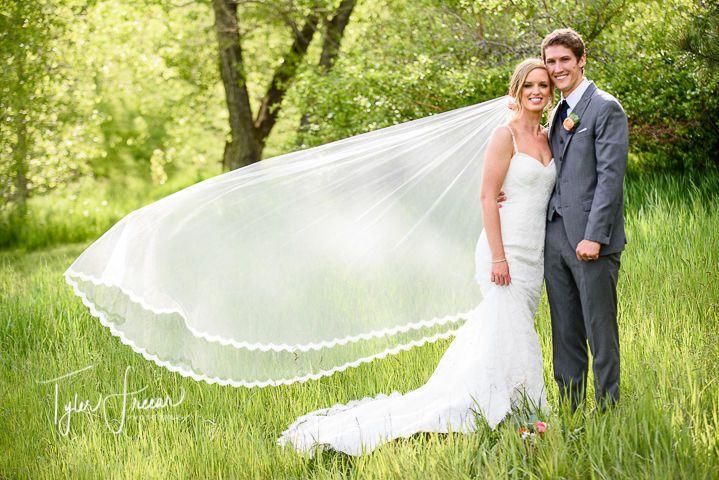 da7bf59c4e7e98e2 1519874345 e7ea0c2c3fe037a5 1519874332628 8 Denver Wedding Pho