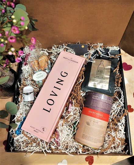 Moet Rose Special Box
