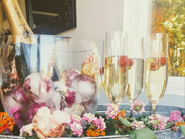 Tmx Champagne Cart 3 51 1962751 160411306015396 Los Angeles, CA wedding favor