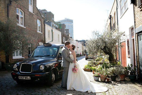 8d9e34b03282a6b4 London wedding photographer