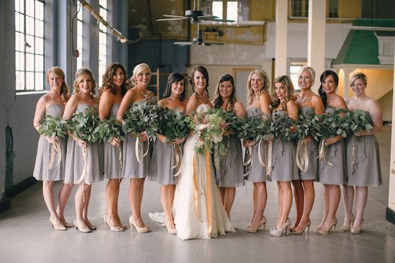 Bride, bridesmaids, bouquets