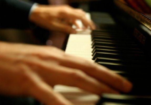 88 keys... only ten fingers