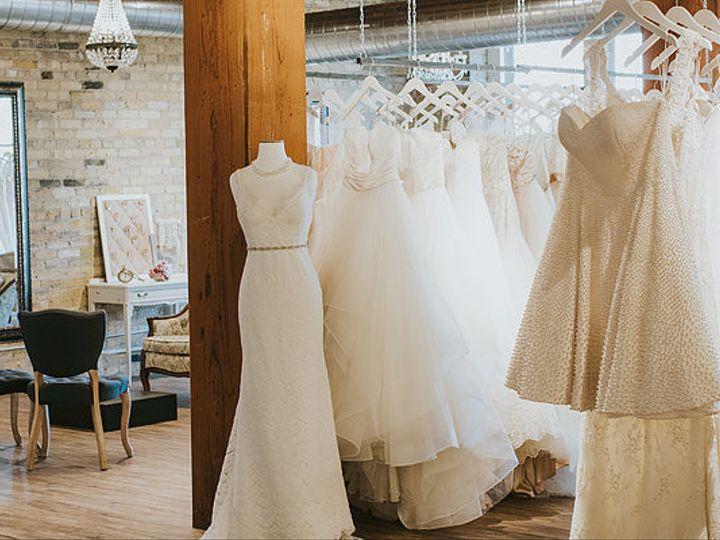 Tmx 1509388655694 8db2c76f706c29d4454f4d8b51b2a70b30b777mv2d55503704 Milwaukee wedding dress