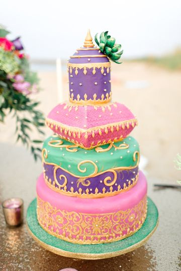 Colorful moroccan theme wedding cake