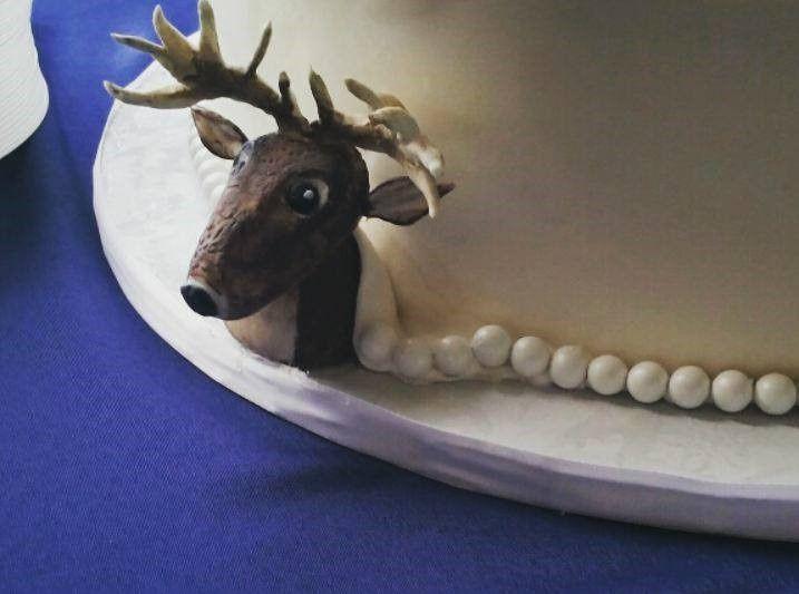 Tmx Deer Wedding Cake 51 166751 1568652055 Virginia Beach, Virginia wedding cake