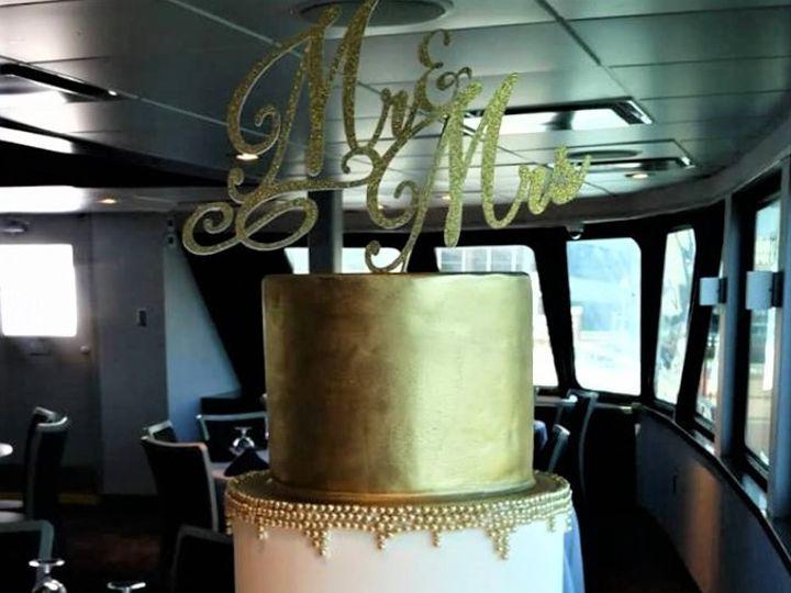 Tmx Gold Wedding Cake 2 51 166751 1568652092 Virginia Beach, Virginia wedding cake