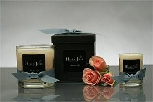 PINK DIAMOND SOY CANDLE (Cotton Candy Scent)  The Pink Diamond is the world's most rare and...