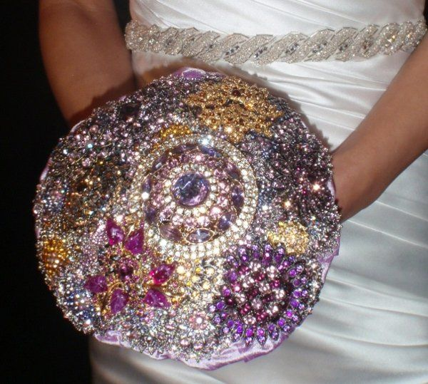 Brooch Bouquet in shades of purple and amber
