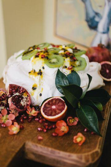 passionfruit pavlova with kiwi and pomegranate