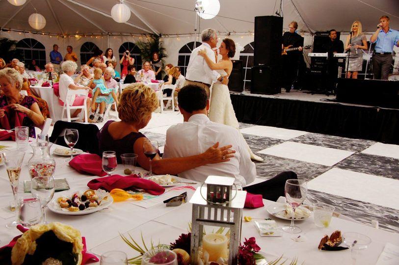 8e8293716d52b570 1524763808 a234c17c1621b894 1524763814105 8 Sand Petal Wedding