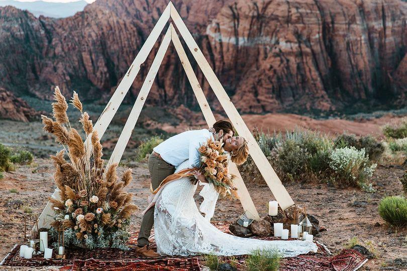 couple boho elopement zion national park utah40 51 1033851 1559184470