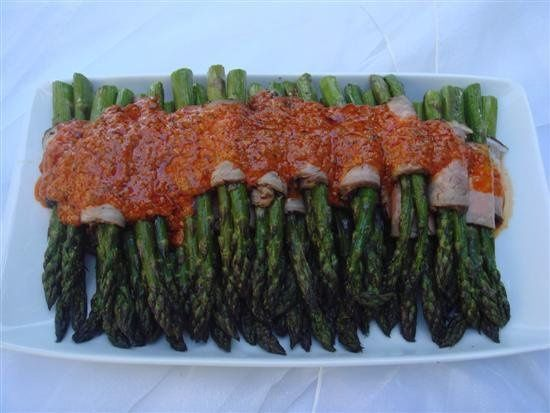 Roast Beef Rolled Asparagus with Red Pepper Pesto