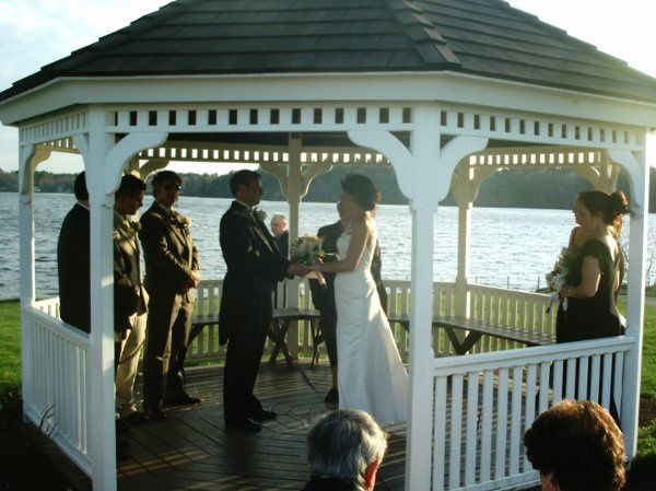 Beth & Brian were wed at Monponsett Inn in Halifax Ma. It was a beautiful sunset ceremony.