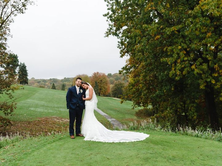 Tmx 46401769 1254090391421966 9209725800473952256 O 51 725851 1572263014 Indiana, PA wedding dress