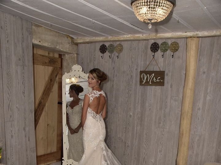 Tmx E20f7a42 E301 4c0e 898d Ce1afe609224 1 51 725851 Indiana, PA wedding dress