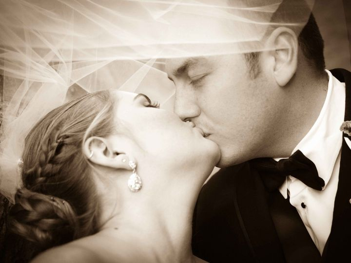 Tmx Best Of Wedding Engagements 2019 And Previous 19 51 756851 158417161351546 Hillsboro, OR wedding photography