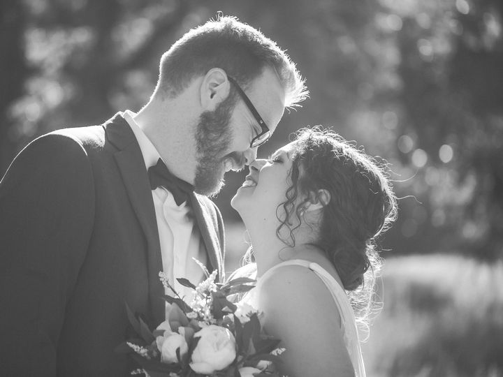 Tmx Emily And Canyon Yosemite Nilas Photography Wedding Photographer Guy 2020 130 51 756851 160539986451875 Hillsboro, OR wedding photography