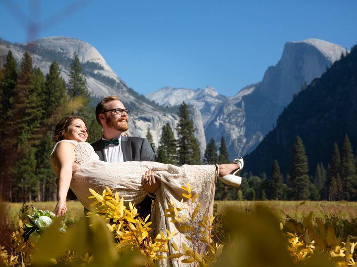 Tmx Emily And Canyon Yosemite Nilas Photography Wedding Photographer Guy 2020 237 51 756851 160539987652788 Hillsboro, OR wedding photography