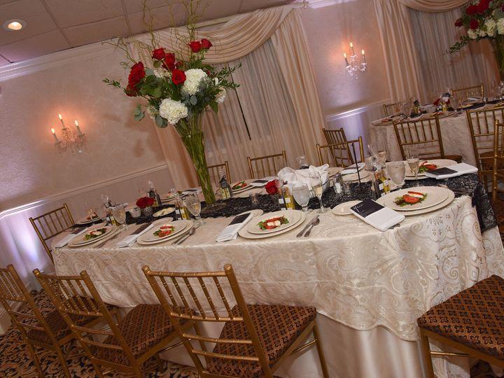Tmx 1527966041 212f4ef33cba52a1 1527966039 Ec33a6d6a5e857c3 1527976820613 12 Black Red Room Miller Place, New York wedding venue