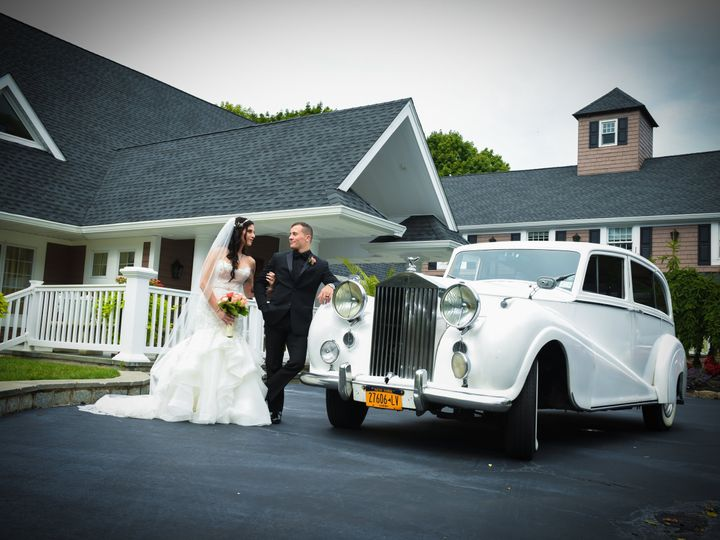 Tmx Car Bride Groom Pic 51 28851 Miller Place, New York wedding venue