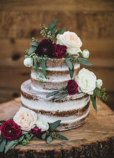 Naked Cake on oak