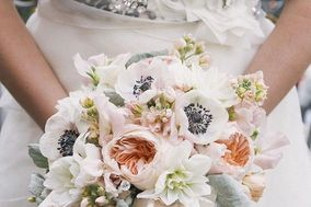 Bergerons Flowers & Events