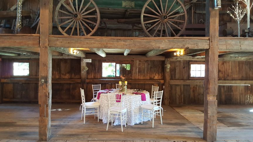 Rustic table set-up