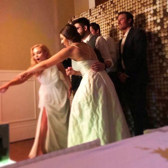Wedding party w/ Elite Mirror