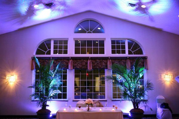 Sweetheart Table for Bride & Groom with LED Up-lighting