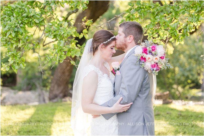 sisterdale dancehall sage and pink wedding0063