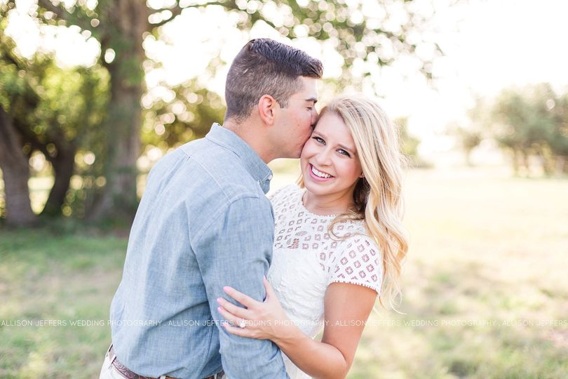 800x800 1476214081437 boerne texas engagement session0001