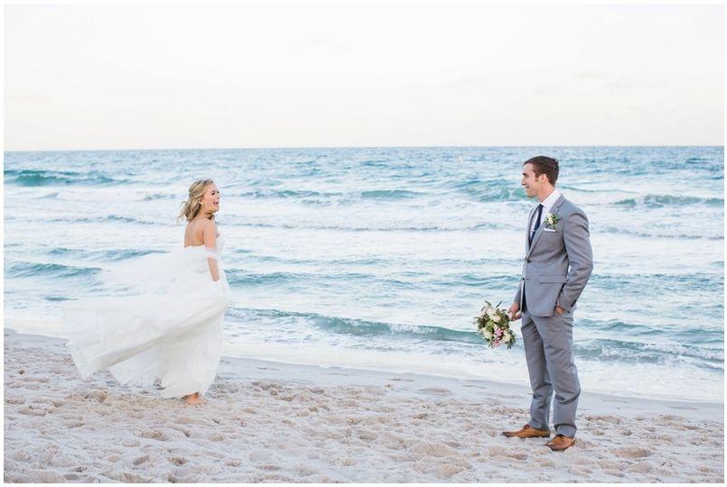 800x800 1507045924863 560a5468the Sonesta Wedding Fort Lauderdale Fl