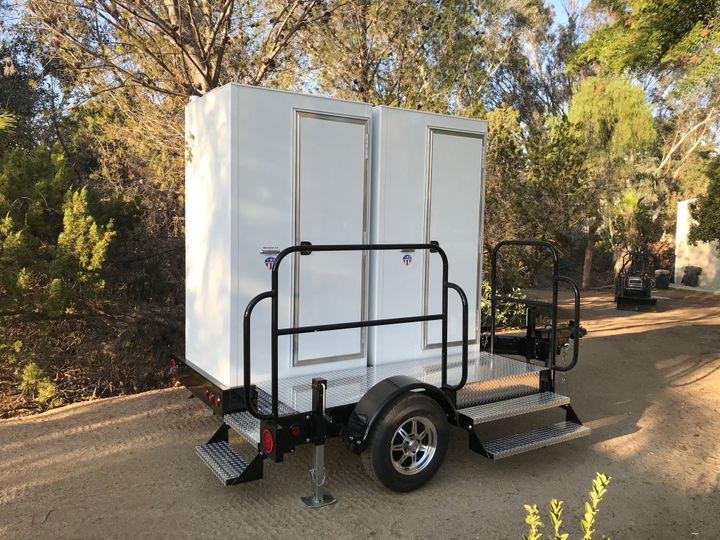 Double Deluxe Daisy trailer