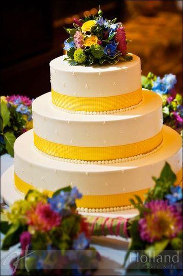 Three-layered cake | Holland Photo Arts