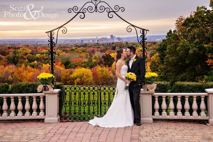 800x800 1486587964412 foliage couple segal photography