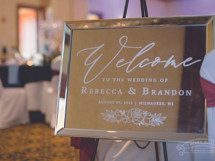 Tmx Site2artboard 92x 100 51 1012061 161229650395871 Brookfield, WI wedding invitation