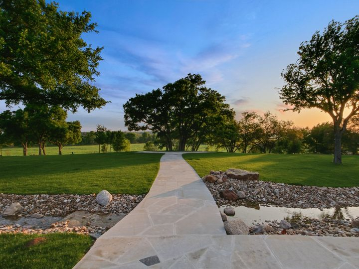 Tmx 13 The Ceremony Tree 51 1004061 158594418754525 Liberty Hill, TX wedding venue