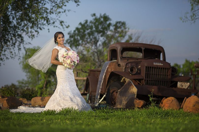 Bridal shoot at the barn