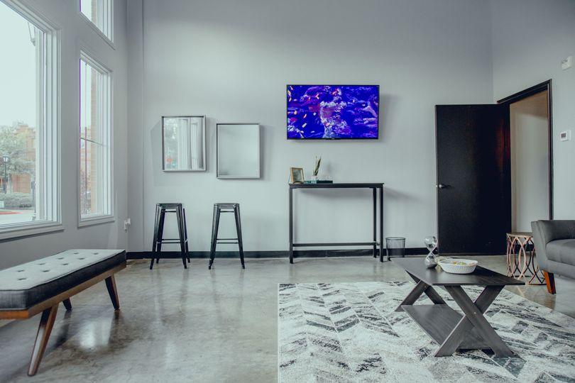 Groom/Family Lounge