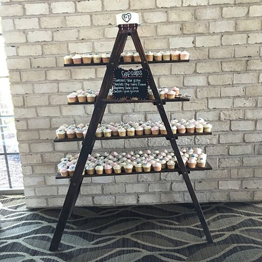 cupcakes ladder rev