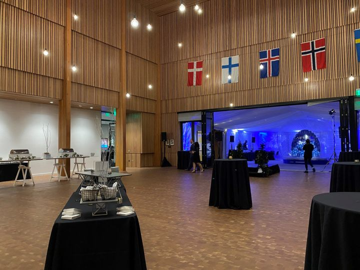Tmx Osbergsun Terrace Connected Interior 51 1927061 158042350812807 Seattle, WA wedding venue